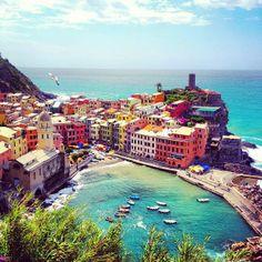 Vernazza Cinque Terre, Italy (via Gary Pepper)
