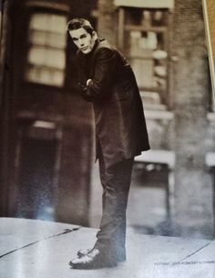Ethan Hawke Celebrity Clipping Picture Photo Cutting Film Memorabilia Poster Artist Film, Ethan Hawke, Pop Bands, Celebs, Celebrities, Portrait Photo, Celebrity Pictures, Music Artists, Picture Photo