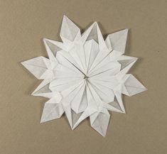 Folded from Strathmore tracing paper Diy Wax, Diy Décoration, Seasonally Scattered, Ghost Box, Papier Diy, Paper Leaves, Wax Paper, Paper Lanterns, Halloween Treats