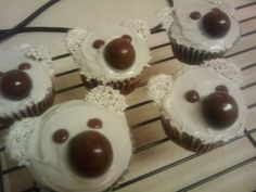 koala cupcakes I made for my cousin Australian Party, Animal Cupcakes, World Thinking Day, Edible Crafts, Australia Day, Novelty Cakes, Cooking With Kids, Animal Party, Creative Cakes