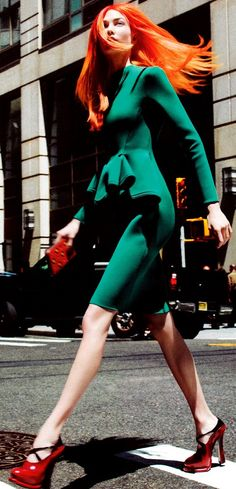 Karlie Kloss ♥✤   Keep the Glamour   BeStayBeautiful