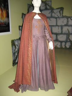 susan pevensie costume purple dress from Prince Caspian