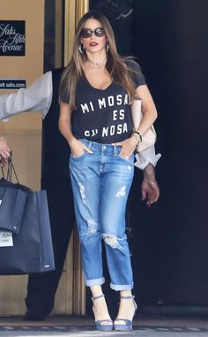 Sofia Vergara from The Big Picture: Today's Hot Pics  The latin lady speaks Spanish to us via her wardrobe while out in Beverly Hills.