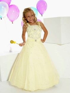 Girls Formal Dress Gold Sequin Size 6, An absolutely gorgeous ...
