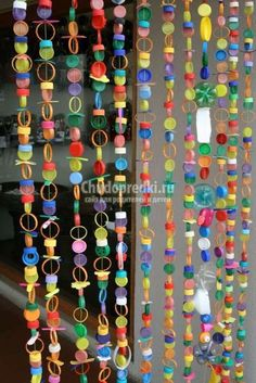 Creative Crafts Plastic Bottles Ideas for Your Inspiring Decorating Home - Plastic Bottle Caps, Bottle Cap Art, Bottle Cap Crafts, Bottle Top, Reuse Plastic Bottles, Recycled Crafts, Diy And Crafts, Crafts For Kids, Paper Crafts
