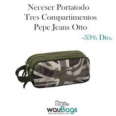 Neceser Pepe Jeans Otto con 3 compartimentos con cremallera y una pequeña asa lateral para colgarlo.¡¡Ahora con un 33% de descuento!! @waubags #pepe #pepejeans #neceser #portatodo #oferta #descuento #complementos #waubags