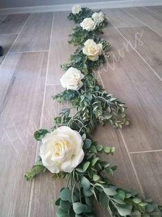 Wedding Table Garland, Simple Wedding Centerpieces, Flower Centerpieces, Table Wedding, Wedding Cake, Altar Decorations, Flower Decorations, Wedding Decorations, Wedding Ideas