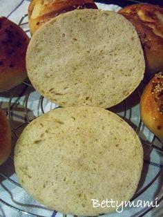 Betty hobbi konyhája: Kovászos zsemle Dairy, Bread, Cheese, Pizza, Food, Brot, Essen, Baking, Meals