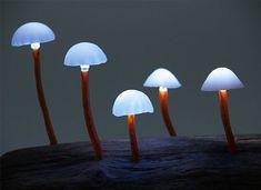 Mushroom desk lamp by Japanese designer Yukio Takano, via http://www.incrediblethings.com