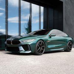 The BMW Concept Gran Coupé with the iridescent paint finish Salève Vert. Maserati, Bugatti, Lamborghini, 3 Bmw, Bmw M4, Fancy Cars, Cool Cars, Supercars, Bmw Supercar