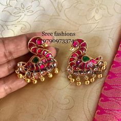 Bold Antique Ear Studs Are Making a Huge Come Back This Year! Indian Jewelry Earrings, Silver Jewellery Indian, Silver Jewelry, Silver Rings, India Jewelry, Silver Necklaces, Gold Earrings Designs, Gold Jewellery Design, Helix Earrings Hoop