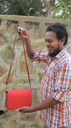 Tomato Big Stefanie, Chiaroscuro, India, Pure Leather, Handbag, Bag, Workshop Made, Leather, Bags, Handmade, Artisanal, Leather Work, Leather Workshop, Fashion, Women's Fashion, Women's Accessories, Accessories, Handcrafted, Made In India, Chiaroscuro Bags - 10
