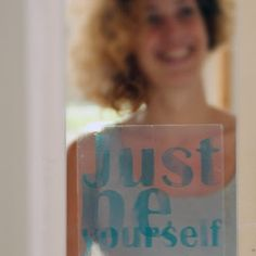 Just be yourself. Sticky Quotes van Mo Man Tai Design. @ Happy Market.