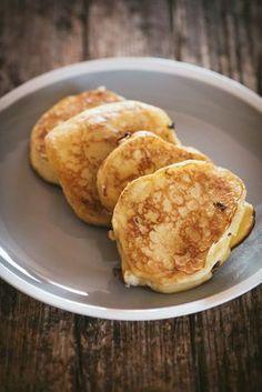Sauerrahm Topfen Taler - österreichisches Gebäck - Mann backt pancake pancake pancake chip pancake pancake pancake easy from scratch healthy photography recipe rezept Pancake Healthy, Best Pancake Recipe, Easy Cake Recipes, Sweet Recipes, Dessert Recipes, Pastry Recipes, Cooking Recipes, Austrian Recipes, Everyday Food
