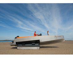 Iguana Yacht - amphibious vehicle