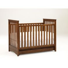 The effortless, modern design of the Bonavita Peyton Classic Crib will add a style to any nursery.