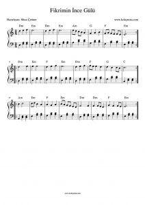 Fikrimin Ince Gulu Akor Eslikli Piyano Notasi Piano Piyano Score Nota Piyano Arp Piyano Muzigi