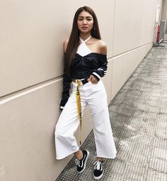 Nadine Lustre Fashion, Nadine Lustre Ootd, Nadine Lustre Outfits, Filipina Actress, Flattering Outfits, Jadine, Woman Crush, Girl Crushes, Cool Girl