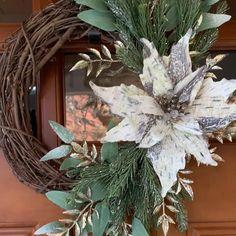Holiday Burlap Wreath, Winter Wreaths, Holiday Wreaths, Grapevine Wreath, Valentine Wreath, Valentine Decorations, Balloon Decorations, Wreaths For Front Door, Door Wreaths