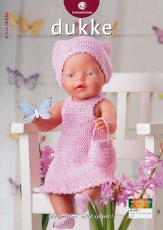 """: Passer til dukker på cm.Materialer: """"Mandarin Petit bomuld, 50 g = 180 m): 100 g rosa nr. 1 knap til kjole, 2 små knapper til Knitting Dolls Clothes, Crochet Doll Clothes, Knitted Dolls, Crochet Dolls, Baby Born Clothes, Pet Clothes, Preemie Crochet, Crochet Baby, Knitting For Kids"""