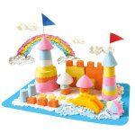 Angel sand: Lekker binnen op tafel spelen met zand. Makkelijk op te ruimen zonder zandresten.