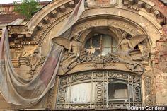 ruins of past glory, Bucharest