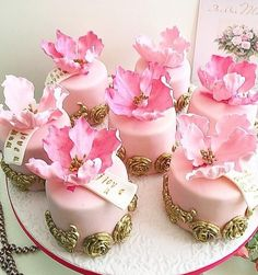 Beautiful Mini Cakes