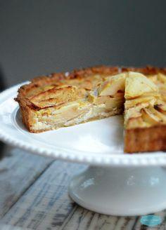 Paleo Apple Pie made with an almond cashew crust by www.sweetashoney.co.nz #paleo #glutenfree #sugarfree