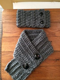Ear warmer and scarf set $25