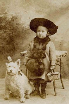 Antique photo: Terrier & Child, Vintage Photo