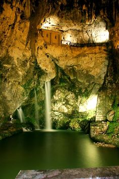 The Sanctuary of Asturian Glory (The Holy Cave) Places To Travel, Places To See, Wonderful Places, Beautiful Places, Spain Road Trip, Asturias Spain, Places In Spain, Spain And Portugal, Spain Travel