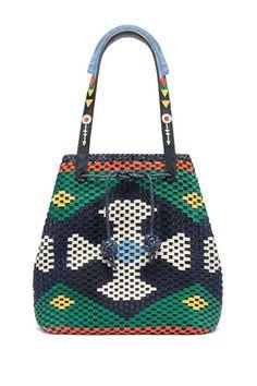 Mansur Gavriel 帶起筒形包包熱潮:18 個來自不同品牌的大熱 Bucket Bags!