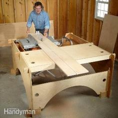 Build this take-down table saw table to make the perfect workstation for a DIYer with limited garage space.