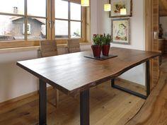 Esstisch Nussbaum Massiv   Baumkante 200   280 Cm Von Schreinerei Hummel  Auf DaWanda.com