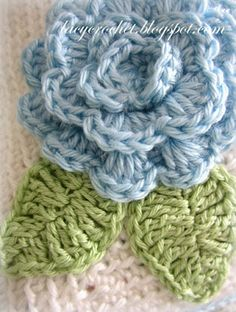 Lacy Crochet: Simple Leaf Crochet Pattern (free) (She also offers the flower for free at a different link)