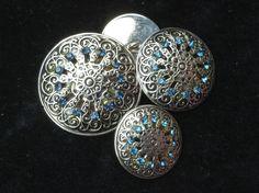 http://www.ebay.fr/itm/MAXI-bottone-gioiello-ARGENTO-STRASS-SWAROVSKY-BLU-vintage-ANNI-70-BOUTON-/131416312654?pt=LH_DefaultDomain_101