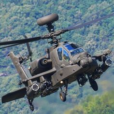 Apache longbow Us Military Aircraft, Military Helicopter, Military Weapons, Military Vehicles, Helicopter Pilots, Attack Helicopter, Ah 64 Apache, Close Air Support, Longbow