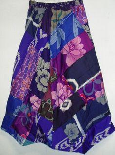 アンテックの着物から作ってます。 紫をベースに青系の色々な銘仙をパッチしたイレギュラーヘムスカートをつくりました。斜めパッチなのでフレアラインの裾変形スカート...|ハンドメイド、手作り、手仕事品の通販・販売・購入ならCreema。