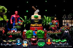 Qual menino não gostaria de uma Festa Super Heróis? DecoraçãoMaria Exibida Comemorações Lindas ideias e muita inspiração. Bjs, Fabio...