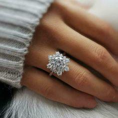 Snowflake Engagement Ring, Snowflake Ring, Dream Engagement Rings, Different Engagement Rings, Stacked Wedding Rings, Wedding Rings Solitaire, Bridal Rings, Flower Wedding Rings, Unique Wedding Rings