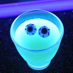 Halloween: Jello og UV-lys
