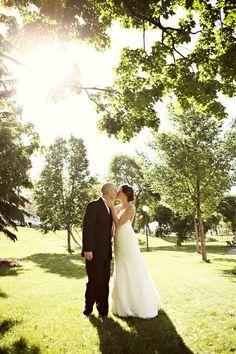 Perfect Light Wedding Photo :: Debra O Photography