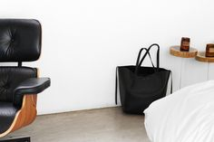 get minimalist design essentials and lifestyle goods delivered to you quarterly @ minimalism.co