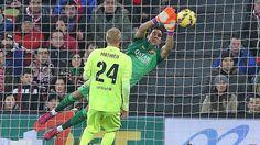Claudio Bravo #ClaudioBravo #FCBarcelona #BravoFCB #FansFCB #Football #FCB #13