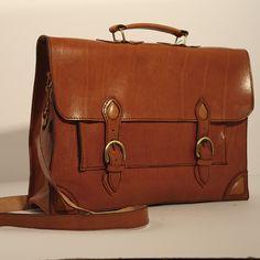 #leather # bolso cuero #bolso #artesanía