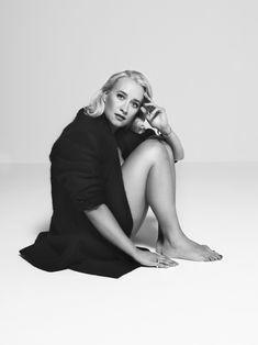 Black and White Photography Portrait of Eva Jinek by Robin de Puy Robin, Dutch Women, Marina Abramovic, Photo Black, Work Inspiration, Celebs, Celebrities, Celebrity Feet, Strike A Pose