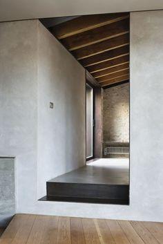 House Esteve Arrufat in Girona, by Anna Noguera Arch Interior, Interior And Exterior, Interior Styling, Architecture Design, Concrete Interiors, Style Loft, Beton Design, Beautiful Interiors, Interior Design Inspiration