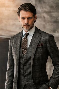 Checkered suit - 40 Best Tailored Checkered Suits for Men – Checkered suit Wedding Outfit Mens, Wedding Suits, Wedding Dress, Costume Gris, Mode Costume, Checkered Suit, Plaid Suit, Brown Tweed Suit, Mens Tweed Suit