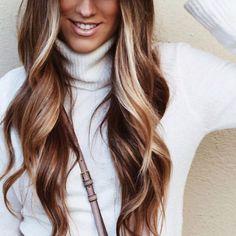 😍😍😍😍 #hair les gusta? You like this? Work Hairstyles, Haircuts For Long Hair, Winter Hairstyles, Long Hair Cuts, Long Hair Styles, Frankie Sandford Hair, Dark Fall Hair, Carmel Hair, Hair Heaven