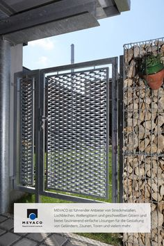 Steel Gate, Grades, Do It Yourself Projects, Windows And Doors, Beautiful Places, Exterior, Outdoor Structures, Fences, Metals
